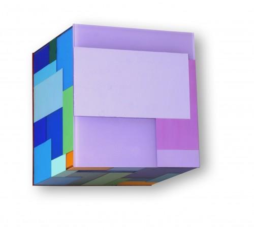"""<span class=""""nome_artista"""">Marco Casentini<p class=""""nome_opera"""">FLOWERS</p>2017</p><p class=""""info_opera"""">acrilico e vernice su perspex</p>cm 18 x 18 x 13</p></span>"""